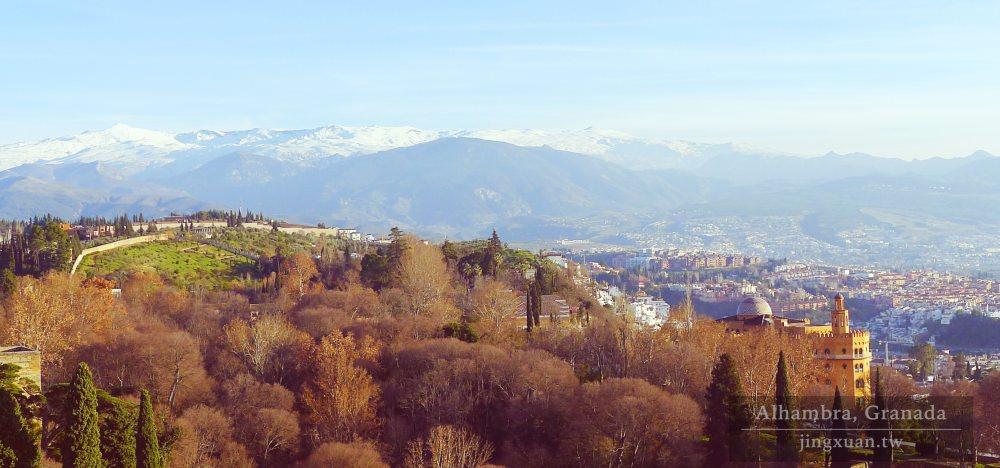 [西班牙遊記] 格拉納達 阿爾罕布拉宮-文藝復興建築卡洛斯5世宮 將阿爾拜辛區及內華達山脈一覽無遺的阿爾卡薩巴 Palacios de Carlos V and Alcazaba, Alhambra, Granada