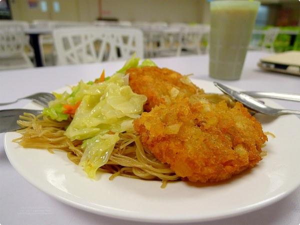 新加坡美食|樟宜機場第一航廈員工餐廳.新加坡機場最local的角落,到員工餐廳找美食!Airport Staff Canteen of T1, Changi Airport