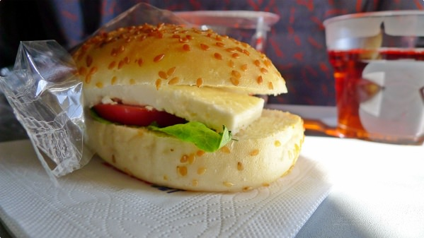 [土耳其食誌]Outward Flight︰Anadolu Jet and Breakfast Snacks