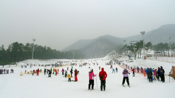 [韓國遊誌]Jisan Forest Resort, Icheon:芝山滑雪(下雪).Ski and Snowy day