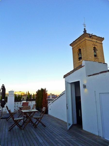 [西班牙遊記] 托雷多住宿-Oasis Backpackers Hostel Toledo 擁有超大衛浴的6人房 托雷多綠洲背包客青年旅舍 近柯索多佛廣場 Plaza de Zocodover