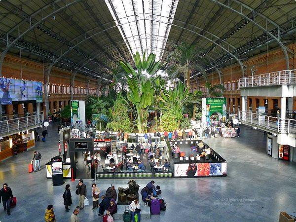 [西班牙遊誌]Madrid︰馬德里巴拉哈斯機場與阿托查火車站.Madrid Barajas Int'l Airport and Atocha Railway Station