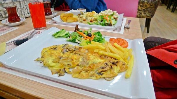 [土耳其食誌]Ankara︰安卡拉午餐.Lunch at Bronzy's Cafe & Lounge