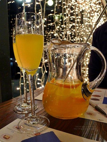 [西班牙食記] Tapa Tapa Maremagnum-巴塞羅納港灣餐廳 近貝爾港 Tapas 小菜 墨魚海鮮飯 香檳水果酒 Sangria