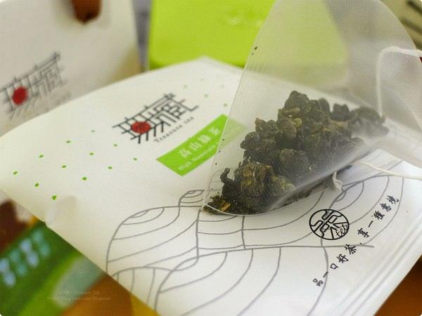 [試食]無藏茗茶.阿里山高山綠茶三角立體充氮原片茶包、烏龍茶煎餅 Treasure Tea(Alishan High Mountain Green Tea and Oolong Tea Pancake)