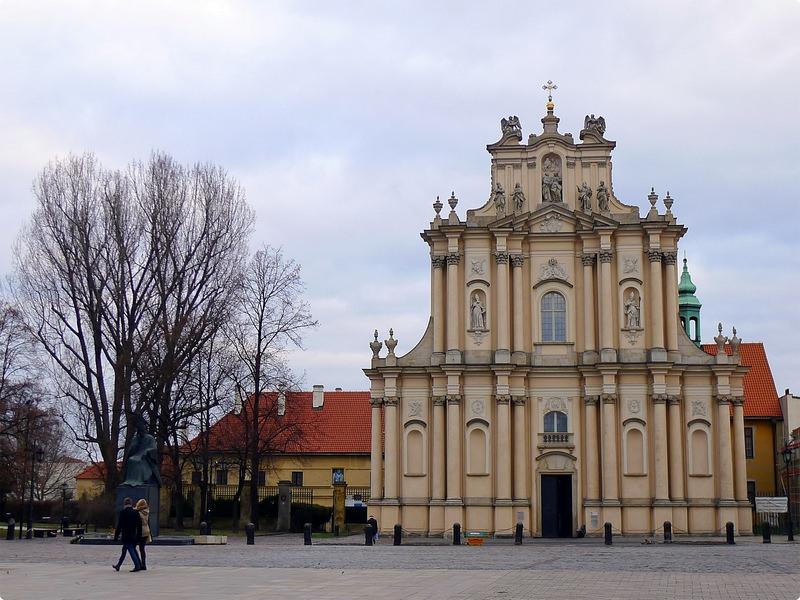 [波波遊記] 快閃華沙-台北飛抵華沙 華沙匆匆一瞥 如何從華沙搭車到托倫 Bus from Warsaw to Torun