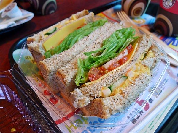 [食誌]宜蘭.頭城城堡咖啡館一館 Mr. Brown Cafe Castle