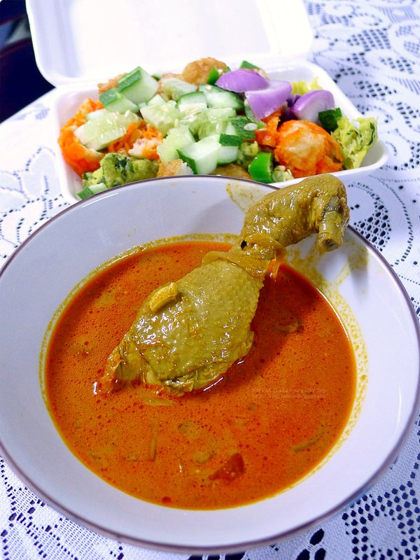 [馬新食記] 馬新夜市小吃(3)-在地必吃的囉惹 炒粿條 客家菜板 豆腐花 麵煎餅等 Rojak, Char Kway Teow, Indian Rojak, Vegetable Kuih and Tmn Century Monday Nightmarket Street Food