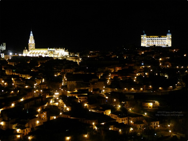 [西班牙遊記] 托雷多租車與托雷多夜景-塔霍河上的托雷多 Holiday Autos租車夜遊賞古城夜景色