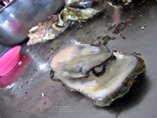 [食誌]台南七股.炭火烤蚵 Oyster BBQ