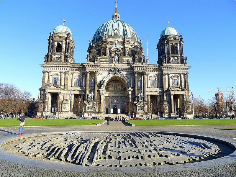 [德國遊誌] Berlin:博物館島週邊.Berliner Dom, Museumsinsel, Hackesche Höfe, River Spree, etc.