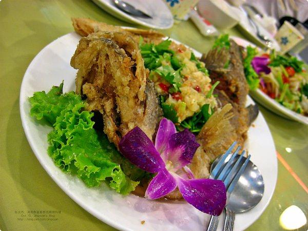 [食記] 清真泰富豪精緻泰式美食-台北清真餐廳 泰式咖喱雞 香酥檸檬魚 南洋開胃好菜 清真餐廳 Halal餐廳 Yunus Halal Restaurant