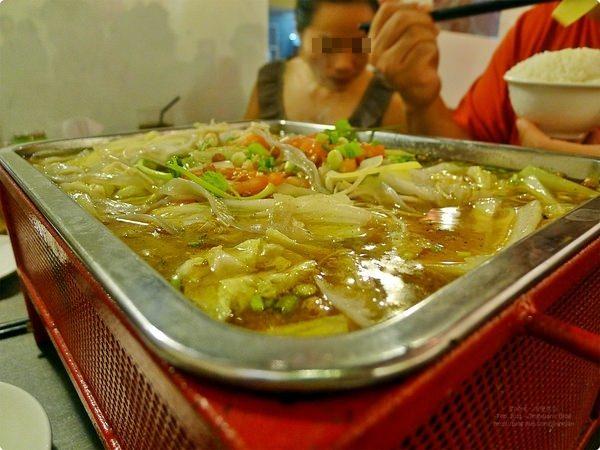 [新加坡食記] 重慶烤魚-不是圓形器皿的火鍋 新加坡烤魚 重慶火鍋 酸菜味烤魚 Chong Qing Grilled Fish